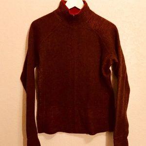 Mountain Hardwear wool polyester- full zipper